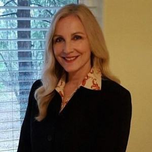 Barbara Kauffman Headshot